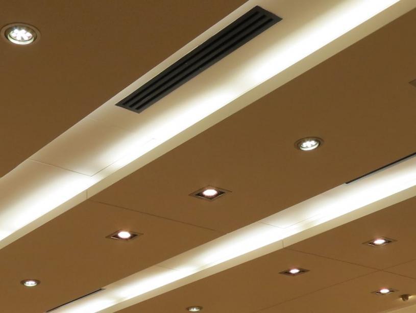 Iluminación / Aire Acondicionado